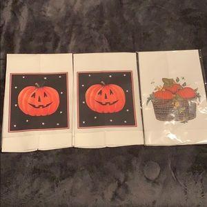 "4 Halloween ""guest"" towels new"